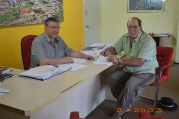 Empresa Pavimentações L.A Ltda assina Contrato para o Calçamento na Rua Gervásio Moreira