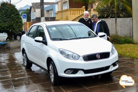 Vigilância Sanitária recebe veículo novo para suas ações