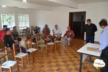Associação de Hortifrutigranjeiros recebem maquinário agrícola