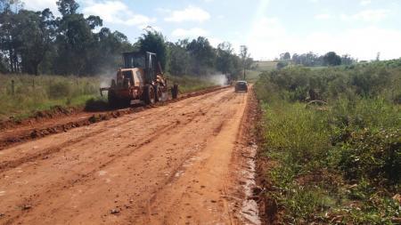 Secretaria de Obras realiza recuperação das estradas do Interior de Tupanciretã