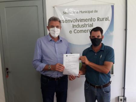 Tupanciretã recebe emenda parlamentar para aquisição de retroescavadeira