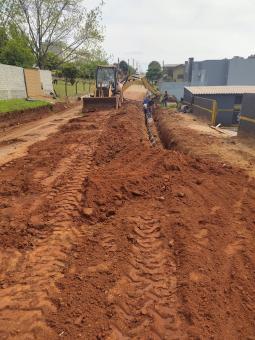 Obras avançam em mais duas ruas da cidade
